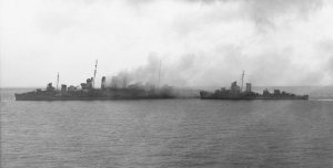 Sinking_HMAS_Canberra_(D33)_with_US_destroyers_on_9_August_1942.jpg
